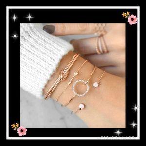Jewelry - 🔥2 for 15$ 4pc classic arrow crystal gem bracelet